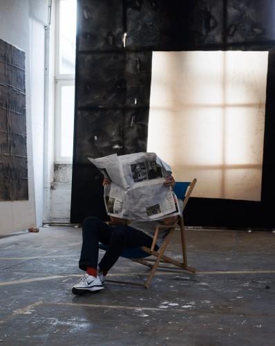 KALENDER: David Ostrowski i hans atelier, 2014