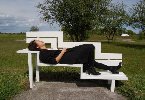 Jeppe Hein, Modified Social Bench U (2008) Courtesy König Galerie, Berlin, 303 Gallery, New York, and Galleri Nicolai Wallner, Copenhagen. Foto: Tina Agnew