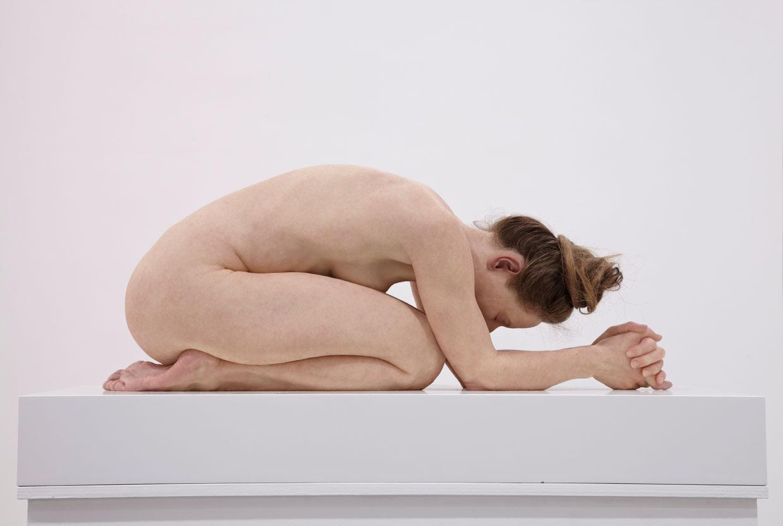 Sam Jinks, Untitled (Kneeling Woman) 2015. Courtesy the artist and Sullivan+Strumpf, Sydney